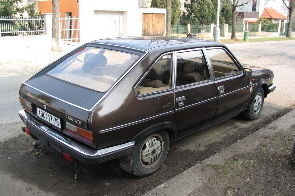 1981 renault 30 tx 2 7 163 cui v6 gasoline 102 kw 219 nm. Black Bedroom Furniture Sets. Home Design Ideas